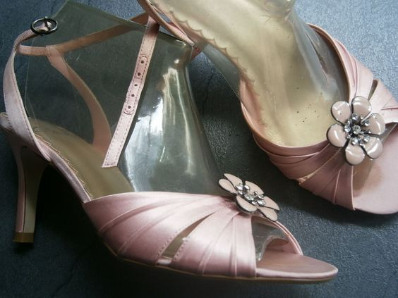 Einmal getragen Vintage Clarks Sandaletten rosa mit Strass Größe 36 / 37