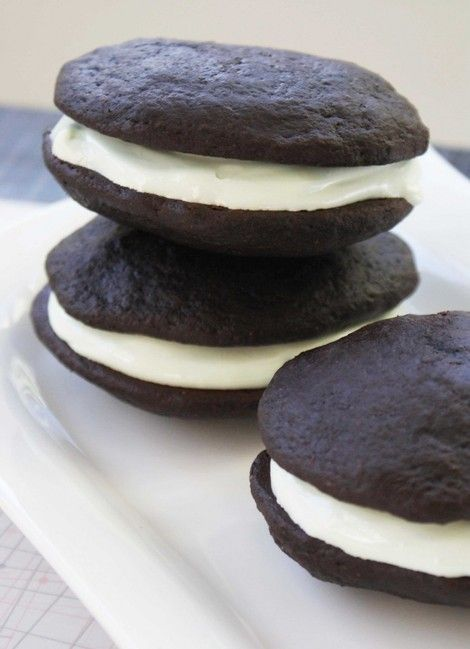 6 Mouthwatering Whoopie Pie Recipes