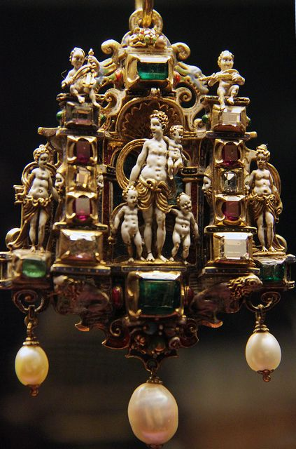 Gold enamelled gem-set pendant, German, third quarter of 16c | Flickr - Photo Sharing!