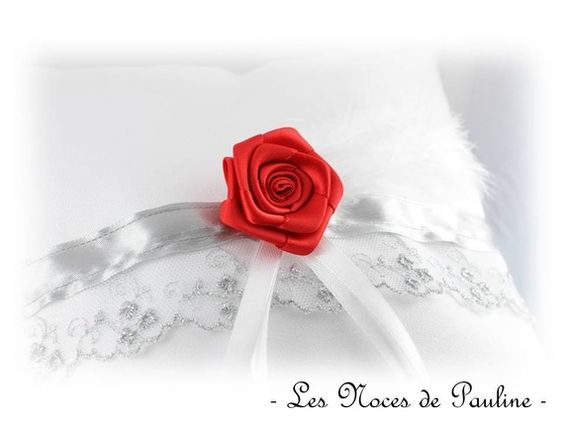 autres-accessoires-coussin-d-alliances-blanc-gris-et-r-12339135-coussin-blc-gri2d4e-f280a_570x0