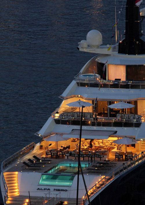 awesome boat......I want the room up the top with the personal spa thanks and a bottle of French Champagne! yew!