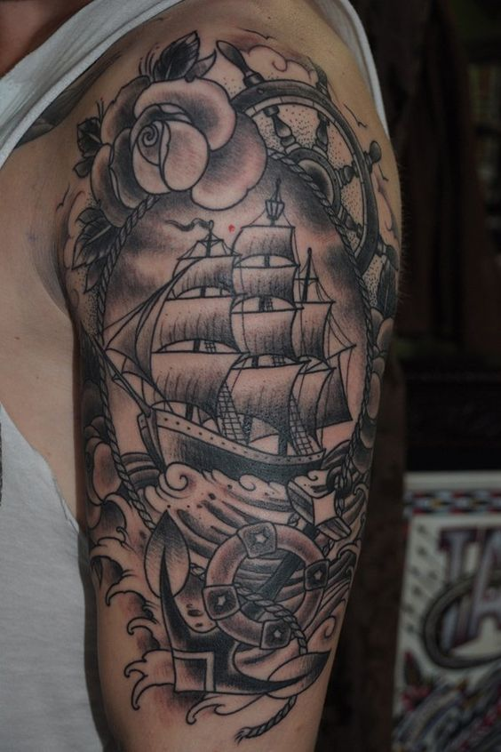 Tattoo bateau accompagné de plusieurs roses https://tattoo.egrafla.fr/2016/02/25/modeles-tatouage-bateau/