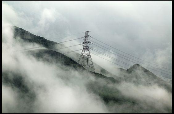 https://flic.kr/p/nMcdoj | 翔霧飄飄繞山巒,涼風霎霎滿雲天。 | Canon EOS 1Ds Canon EF 70-200mm f/2.8L USM