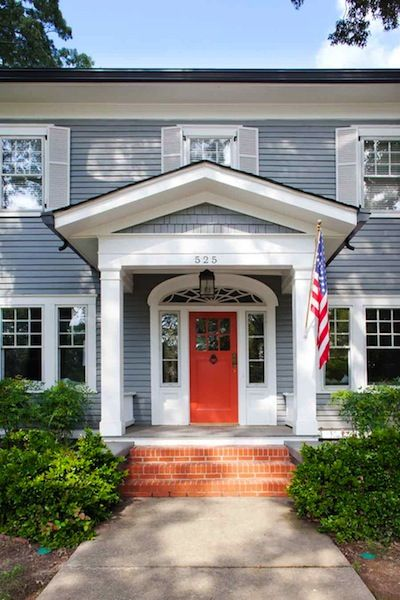 Paint colors colored front doors and the roof on pinterest for Front doors for colonial homes