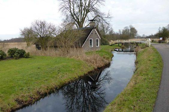 Kalenberg, de Hoogeweg in De Weerribben