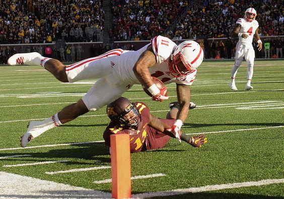 Carter dive for close TD - Nebraska vs. Minnesota, 10.17.15