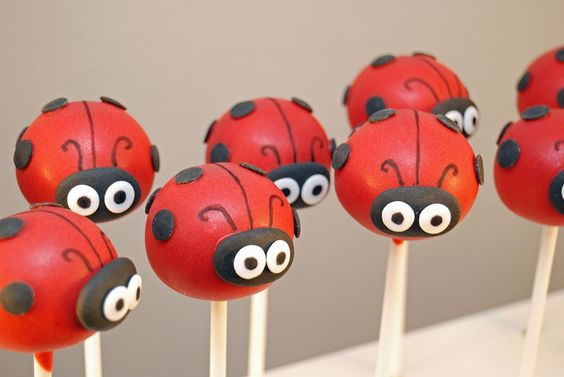 Ladybird Cake Pops.: