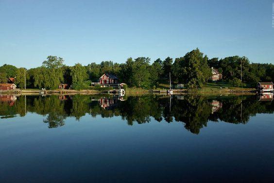 Schau Dir dieses großartige Inserat bei Airbnb an: Grönskan Skarpö Guest Room - Bed & Breakfast zur Miete in Vaxholm