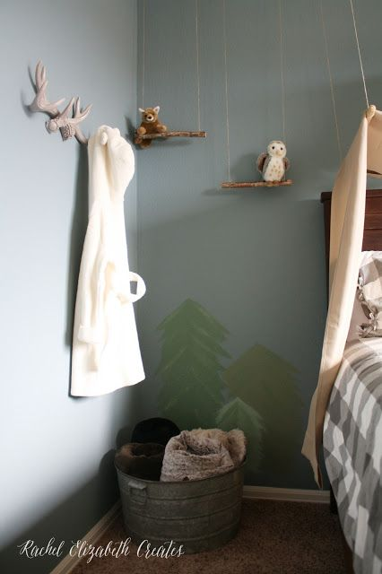 Love this fellow military spouse's sense of home style! Rachel Elizabeth Creates: Camping and Mountain Themed Little Boy Room
