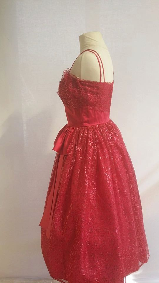 Early 1960's BLANES Fushia pinkprom by DottysVintage on Etsy  Sure would be pretty on Sarah