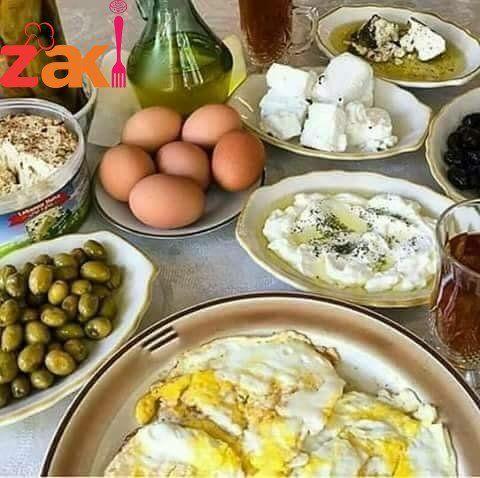 صباح الفل والقشطة والعسل والياسمين والريحان على وجه الملائكي اللي بقرأ الرسالة زاكي Food Breakfast Chicken
