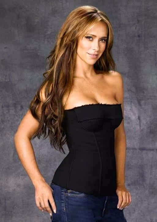 Pin On Chic Jennifer Love Hewitt