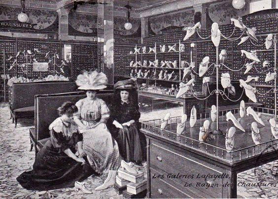 Galerie Lafayette - das waren noch Zeiten, da ging man in einen Laden, weil man Schuhe brauchte.. und kaufte dann Schuhe