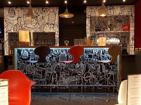 Ibis Ales Centre Ville Hotel A Ales In 2020 Centre Ville Hotel Ale