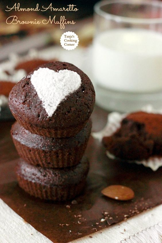 Amaretto Brownie Muffins #recipe http://tanjascookingcorner.blogspot.co.at/2013/02/amaretto-brownie-muffins.html