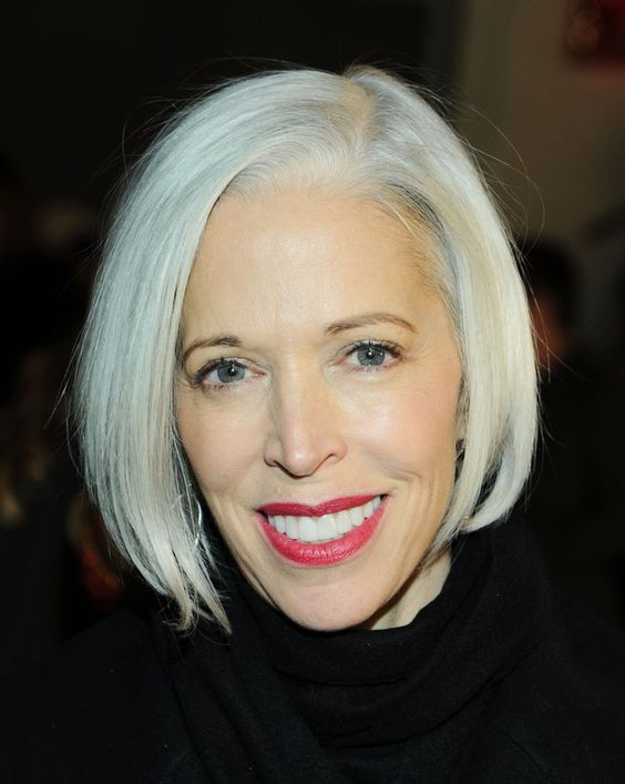 20 Flattering Bob Hairstyles For Women Over 50 Long Face Hairstyles Gorgeous Gray Hair Long Face Shapes