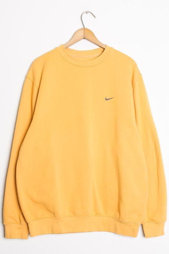 Pin By Juana Gonzalez Piat On Amarillo Vintage Nike Sweatshirt Vintage Sweatshirt Comfy Outfits