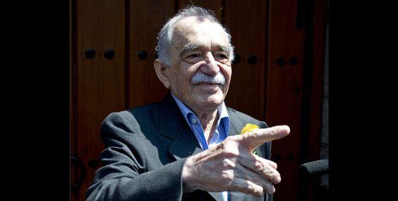 Gabriel García Márquez saluda a la prensa Mexica en su cumpleaños 87. Foto: Yuri Cortez / AFP