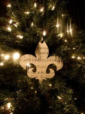Ahh but the fleur de lis is the best idea of all!