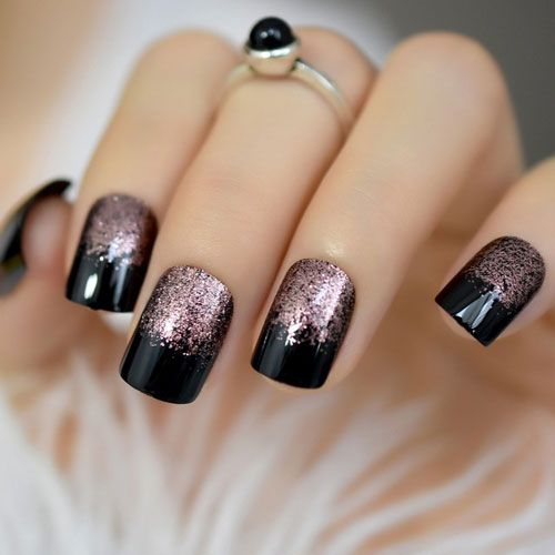 35 Gorgeous Rose Gold Nails Perfect For Any Event 2020 Guide Square Nail Designs Nail Design Inspiration Black Nail Designs