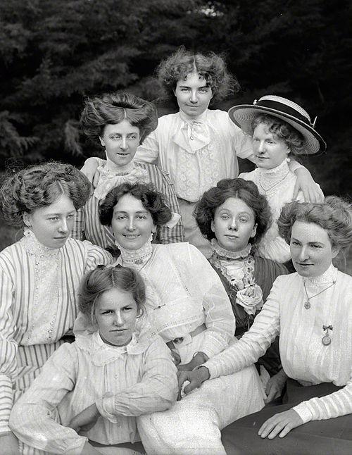 Girlfriends, New Zealand circa 1905.: