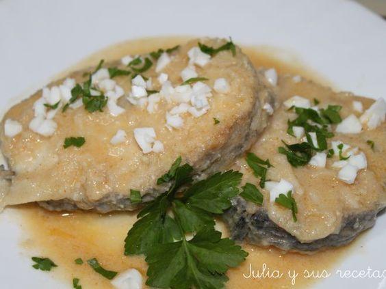 Receta Plato : Merluza en salsa de almendras por Juliaysusrecetas
