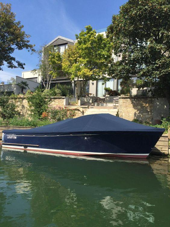 Paris insolite : louer un bateau sans permis sur la Seine | Bambi à Paris – Blog de curiosités de voyages à Paris et ailleurs
