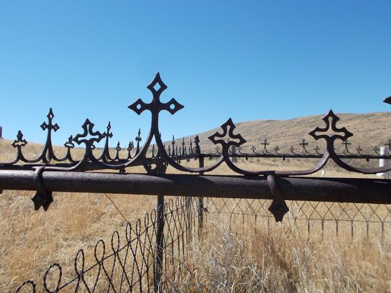 Pioneer Cemetery outside Baker City, OR