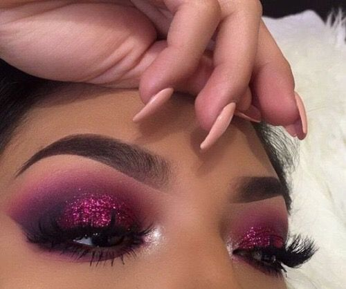 Prettiest glitters, shadows, highlights and lashes from www.glowcultcosmetics.com Beautiful makeup looks Inspiration tutorial ideas organization make up eye makeup eye brows eyeliner brushes contouring highlight strobe lashes tricks: