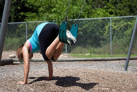 She might make this look easy, but this workout is tough! Loving this post for our busy summer schedule