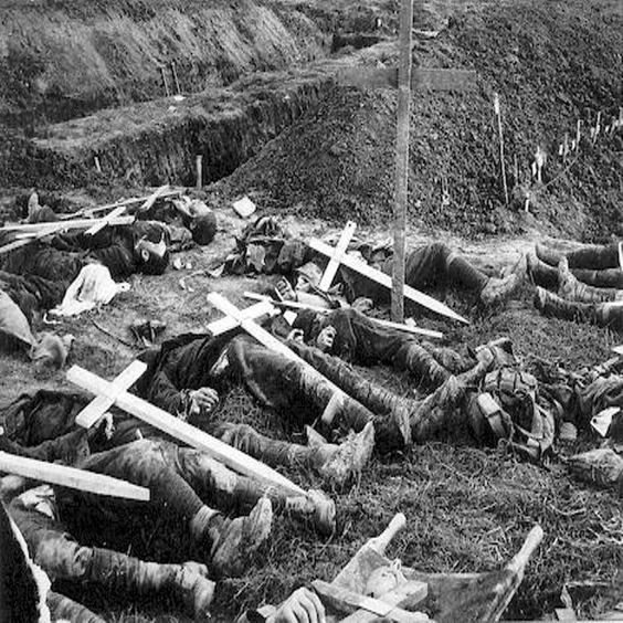July 1, 1916. The First Day of the Battle of the Somme. Despite the heavy loss of life and failure to achieve the expected breakthrough, Field Marshal Haig and General Rawlinson deemed the attack a success, so much that the offensive was to continue for a further four months, only ending with the onset of winter. - prisonersofeternity.co.uk
