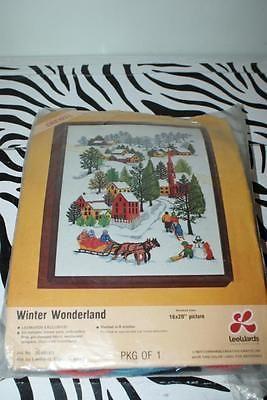 """VINTAGE 1976 LeeWards Crewel Kit """"Winter Wonderland"""" Snowy Country Village"""