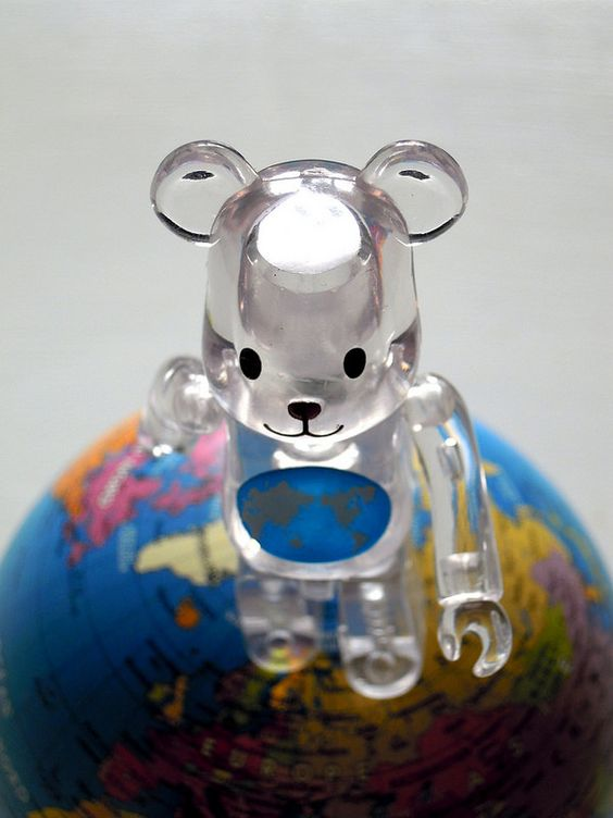 Terre des ours. #bearbrick #medicom #toy #earth #world