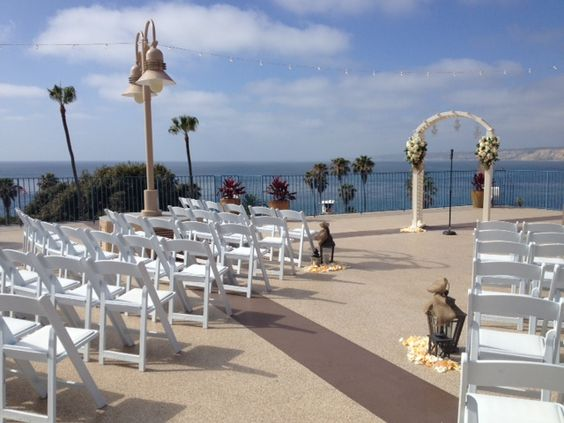 Rooftop Outdoor Wedding Ceremony At La Jolla Cove Suites Siegel Thurston Photography San Go Real Weddings Pinterest