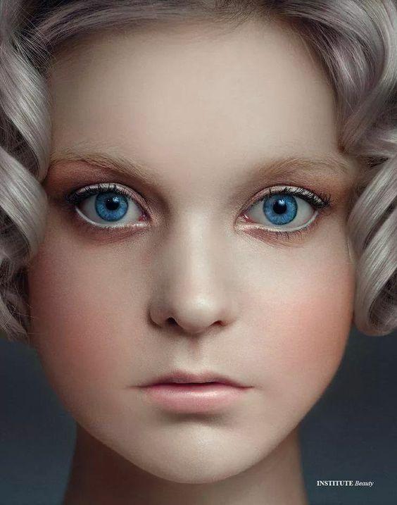 Make up e styling by einat dan ...doll make up