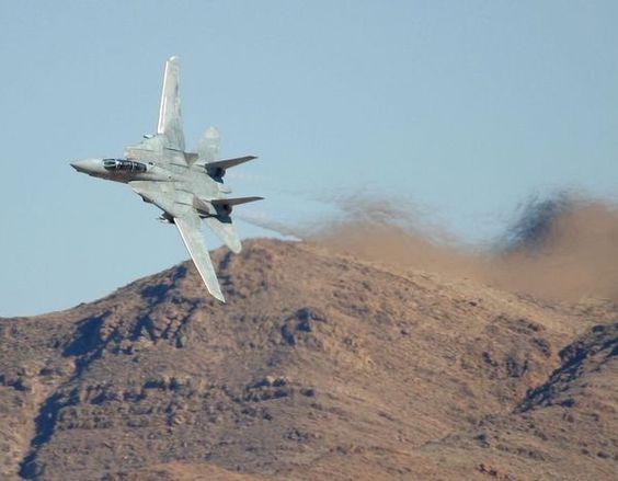 F-14 Tomcat down low