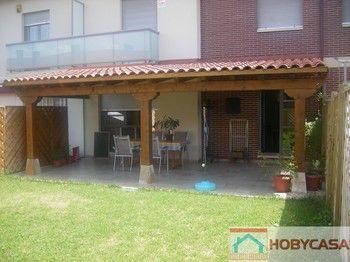 Imagen de http://www.casasdemaderaonline.com/graficos/img_articulos/porche%20rustico%20frontal%20(Copy)%20(Copy).jpg.