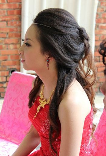 Bridal Hairstyle &amp Red Wedding Dress  - Bride Hairstyles