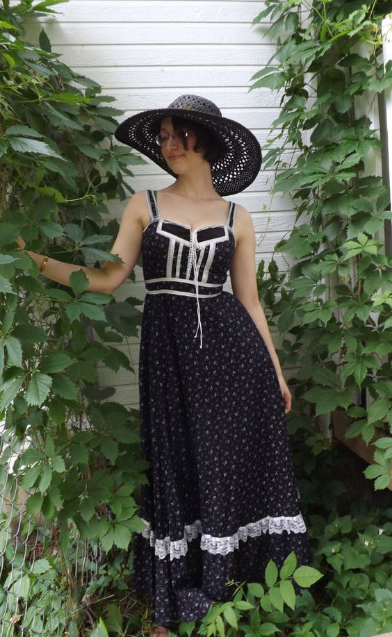 Vintage 70s Gunne Sax Dress Black Maxi 9 Summer Corset by soulrust, $99.99