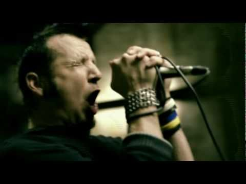 Mudvayne - Forget To Remember, listen to it, now. Music and lyrics.