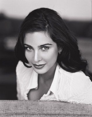 Lisa Ray> Polish Mother and Bengali father. What a beauty!