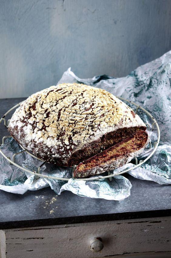 Unser beliebtes Rezept für Rote-Bete-Brot und mehr als 55.000 weitere kostenlose Rezepte auf LECKER.de.
