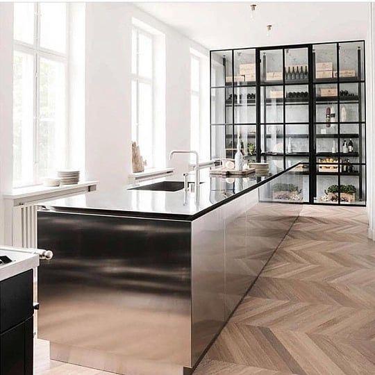 Mirrored Island Kitchen Island Design Modern Interior Design Interior Design Kitchen
