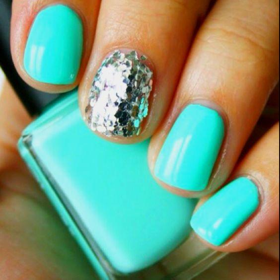 Glitter nail! #NailArt @SelfMagazine