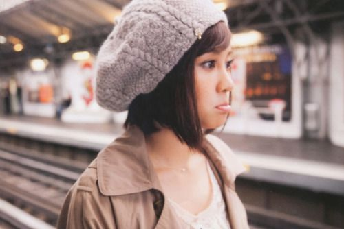 Makoto Harris [Maeda Atsuko] oh look she's imitating Kylie again :D