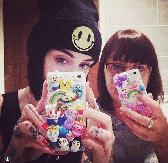 Hannah Snowdon and her mom with cutekawaii Custom made cases.