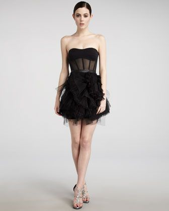 Black Swan Swoon! Balletic-meets-boudoir Vera Wang Lavender Label ...