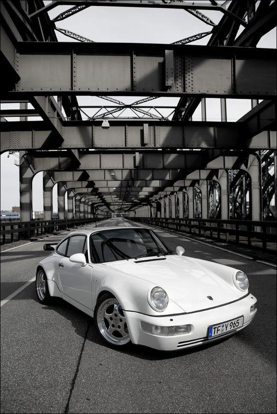 911uk.com - Porsche Forum, Specialist, Insurance, Car For Sale, Finance, Parts & Service : View topic - Dr Knauf's Ultimate Porsche 911 Picture Thread
