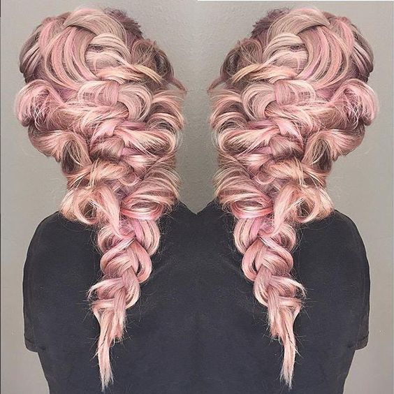 We love this amazing #braid by #KenraProfessional Technical Educator Mirella Hullum! She prepped with #Kenra Volume Mousse Extra on wet hair, then Fast-Dry Hairspray 8 on dry hair. She layered in #KenraPlatinum Dry Texture Spray 6 and finished with Volume Spray 25. For more on the gorgeous color,