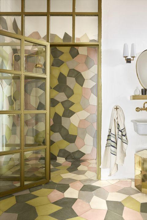 These Geometric Wall Ideas Are The Epitome Of Cool Geometric Wall Tile Layout Abstract Tile